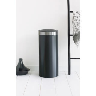 Brabantia Touch Bin 30 Liter Mat.Brabantia Touch Bin Trash Can Wastebasket Dustbin In Matt Black With Fingerprint Proof Lid 30 L 115448 At About Tea De Shop