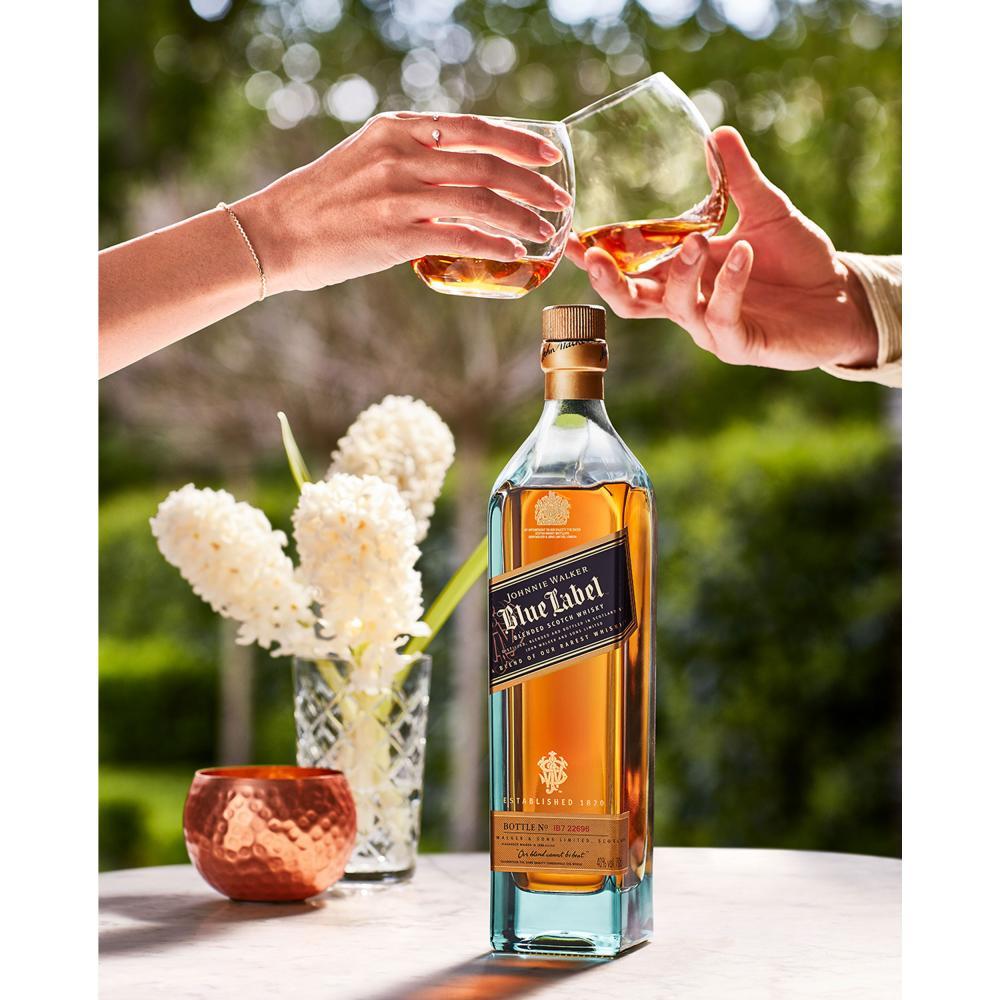 Johnnie-Walker-Blue-Label-Blended-Whisky-Scotch-Alkohol-Flasche-40-700-ml Indexbild 2