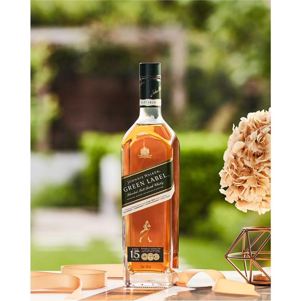 Johnnie-Walker-Green-Label-Blended-Whisky-15-Jahre-Scotch-3er-Alkohol-43-700-ml Indexbild 6
