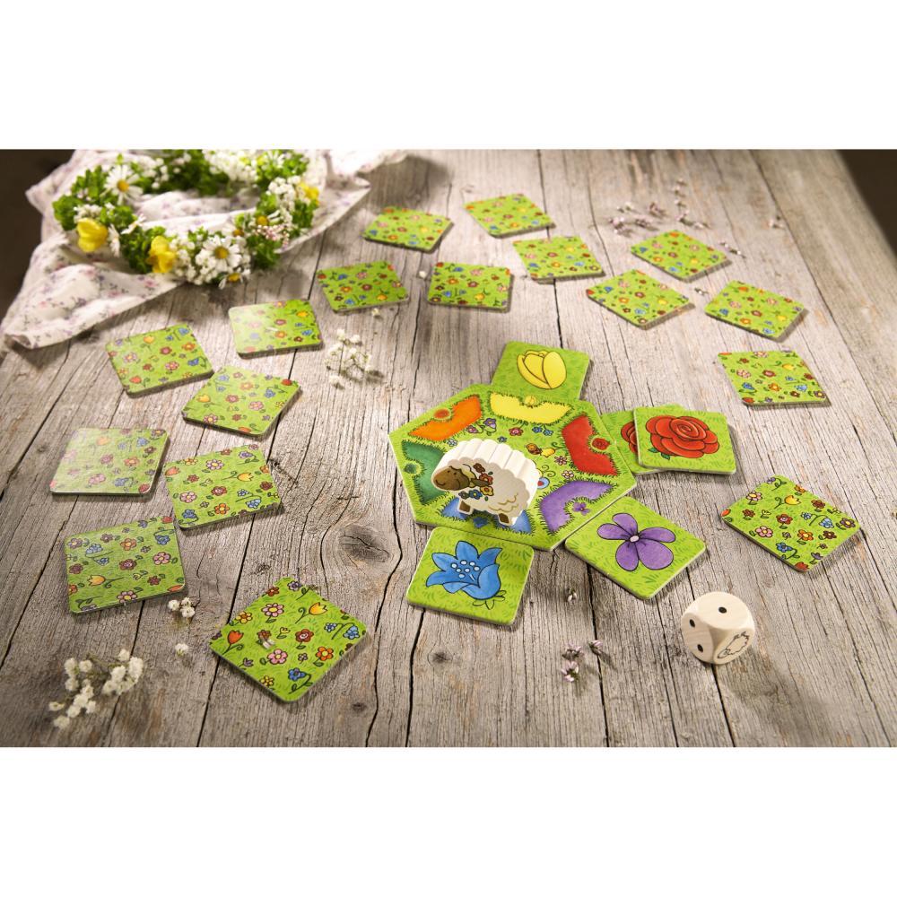 HABA-Bella-Bluemchen-28-tlg-Kinderspiel-Wuerfelspiel-Spiele-Spielzeug-4093 Indexbild 3